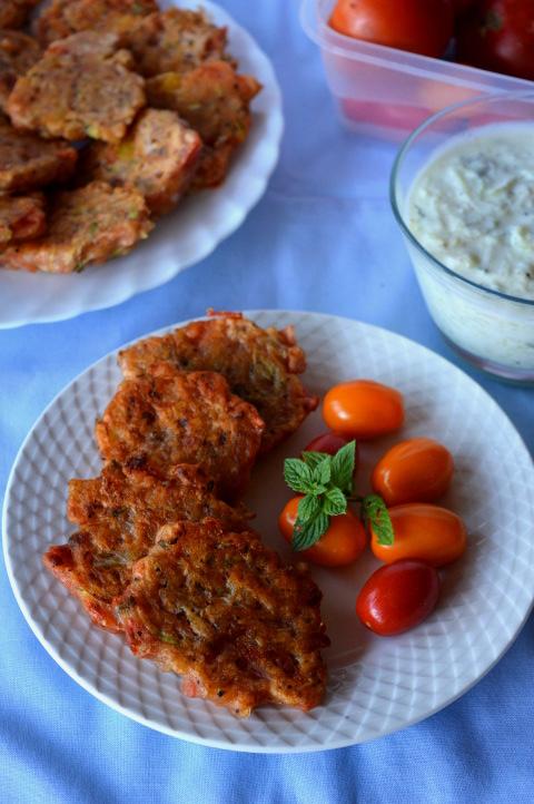 Greckie placki z pomidorów i cukinii – obłędne!
