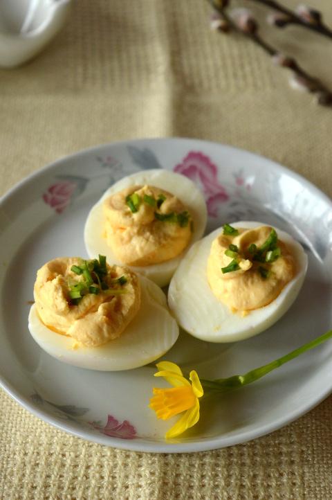 jajka z farszem chrzanowym